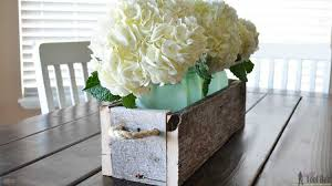 easy reclaimed wood box centerpiece