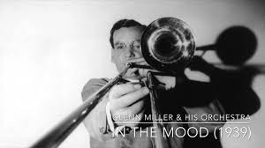 Glenn Miller & His Orchestra: In the Mood (1939) - YouTube