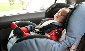 one in seven pas put their children at risk by placing them in forward facing car seats too early daily mail