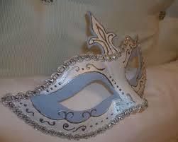 Masquerade Mask Decorating Ideas Craft Ideas and Wall Decorations Making Masquerade Ball Masks 18