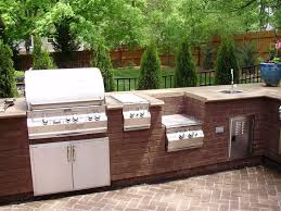Planning Your Own Outdoor Kitchens: Modern Outdoor Kicthen