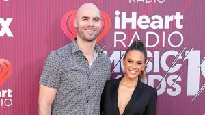 Jana rae kramer (born december 2, 1983) is an american country music singer and actress. Jana Kramer And Mike Caussin Split After 6 Years Of Marriage Entertainment Tonight