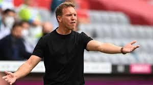 Latest bayern münchen news from goal.com, including transfer updates, rumours, results, scores and player interviews. Fc Bayern Munchen Verletzungsschock Bei Benjamin Pavard Franzose Fehlt Bis Zu Vier Wochen Stern De
