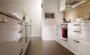 High Gloss White Kitchen High Gloss Kitchen Cabinets 17 Best Ideas About White Gloss