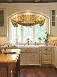 Kitchen Sink Window Kitchen Window Designs 1000 Ideas About Kitchen Sink Window On