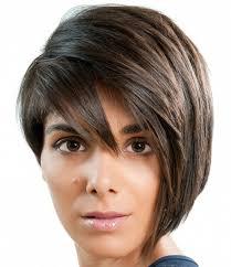 قصات شعر قصير للنساء