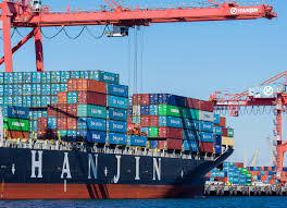 039 s container ships in port as cargo owners