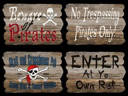 Pirate Signs Decor