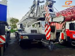 Truck Mounted Telescopic Boom Crane Zoomlion Qy50 Of