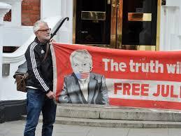 Hunt labels <b>Assange</b> 'free <b>man</b>' amid embassy expulsion rumours ...
