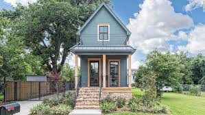 Small Picture 1 bed Fixer Upper home lists for 950K CNN Video