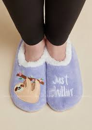 Snoozies Size Chart Just Chillin Sloth Snoozies Slippers Products Slippers