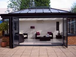 Beautiful Modern Sunroom Exterior Exteriormodernwhitesunroomdecorwithblack S With Impressive Ideas