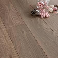 Colours Arpeggio Heritage Oak Effect Laminate Flooring 1.85m Pack |  Departments | DIY at B&Q