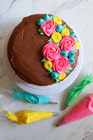 Cake Icing Tips Designs Tips For Frosting Cakes And 4 Easy Ideas Cake Decorating