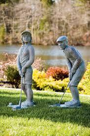 golfer statue shefalitayal
