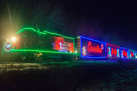 Holiday Lights Train In Photos Cp Rail Holiday Train Lights Up Sicamous Salmon