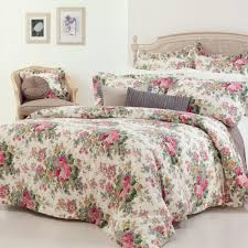 image of duvet cover fl and pillow