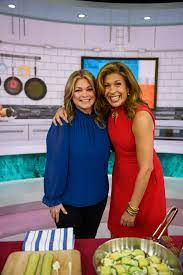 Today's Hoda Kotb Gets Cooking With Pal ...
