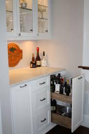 Best  Wet Bar Basement Ideas On Pinterest - Simple basement wet bar