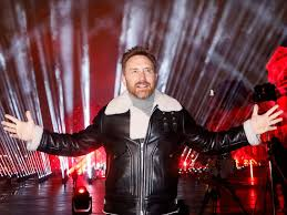 49,806,252 likes · 114,419 talking about this. Photos Dj David Guetta Records Hour Long Nye Show In Front Of Louvre Museum Entertainment Photos Gulf News