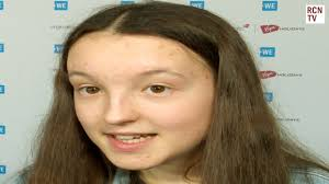 Bella Ramsey Interview WE Day 2020 - YouTube
