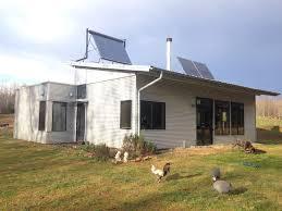 Off The Grid Prefab Homes Enjoying Energy Efficient Off Grid Modern Prefab Sip Home Passive