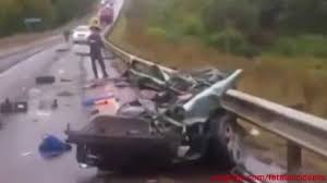 OMG! Semi Truck Vaporizes An Aquaplaning Car!
