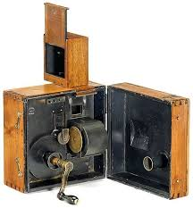 「motion picture camera in1903」の画像検索結果