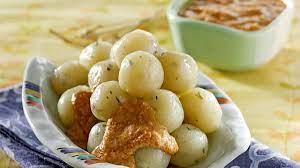 Itulah resep cilok bumbu kacang sederhana yang enak ala rumahan dan cara membuatnya. Resep Cilok Sederhana Untuk Pemula Kenyalnya Bikin Nagih Faktualnews Co