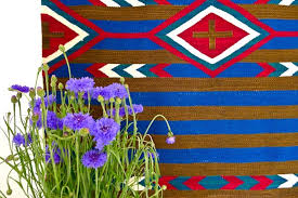 Traditional navajo rugs Early Navajo Navajo Rugs Wshgnet Blog Ways To Transform Room With Navajo Weavings At