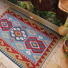 picture of 2 8 x 4 0 turkish small kilim