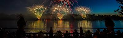 where you can see fireworks tonight z93