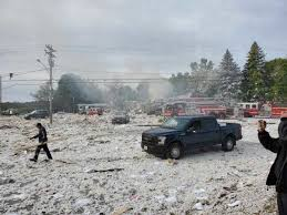 1 firefighter dead and 7 others hurt in Farmington explosion — Mid ...