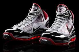 lebron nike basketball shoes. lebron james shoe history cavs nation; nike basketball shoes e