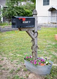 Unique mailbox post Farmhouse Style Diy Mailbox Ideas With The Stunningly Unique Style Pinterest Diy Mailbox Ideas With The Stunningly Unique Style Diyever