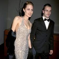 "Gewusst? ""Elementary""-Star Jonny Lee Miller war mit Angelina Jolie  verheiratet"