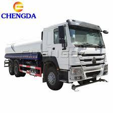 China 5000 Gallon 4000 Gallon Water Tank Truck China Water
