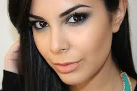 Maria Ferreira, 24 anos, maquiadora profissional e apaixonada por tudo o que é arte. Há quatro anos criou o canal de Youtube MaryliciousMaria ... - Maria-Ferreira-300x200