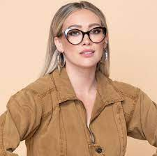 The holidays #giveaway to end the year beautifully we will offer one (1) lucky winner a pair of glasses from our muse x hilary duff collection.well let's be honest we're better at making glasses if you too tried to make glasses shaped christmas cookies send us your pictures in the comment. Dynamic Actress Branded Glasses Muse X Hilary Duff