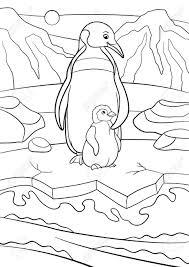 Kleurplaten Moeder Pinguïn Staat Met Haar Kleine Schattige Baby En