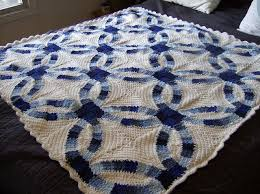 Best 25+ Crochet quilt pattern ideas on Pinterest | Crochet quilt ... & Crochet - Wedding ring blanket -- Link to the pattern from the May/June Adamdwight.com