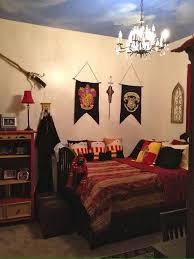 gryffindor themed room harry potter