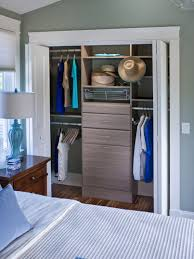 cool and casual this reach in closet is the perfect accompaniment to a beach