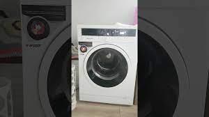Bosch Çamaşır Makinesi Sıkma Yaparken Yürüyor - YouTube