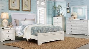 br rm belcourt white14 Belcourt White 5 Pc Queen Upholstered Bedroom $pdp gallery 945$