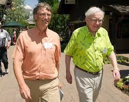 How Warren Buffett's measure of success shaped 2018 for Bill Gates