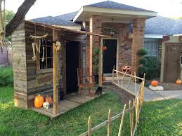 Outdoor Halloween Props Prop Showcase Town Of Restless Witch Shack Going Up Page 2
