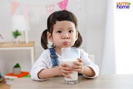 Dị ứng đạm sữa bò: dấu hiệu và cách chăm sóc trẻ khi bị dị ứng sữa