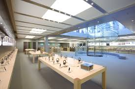 Report: Apple redesigning its retail stores